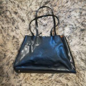💙Banana Republic Italian leather tote
